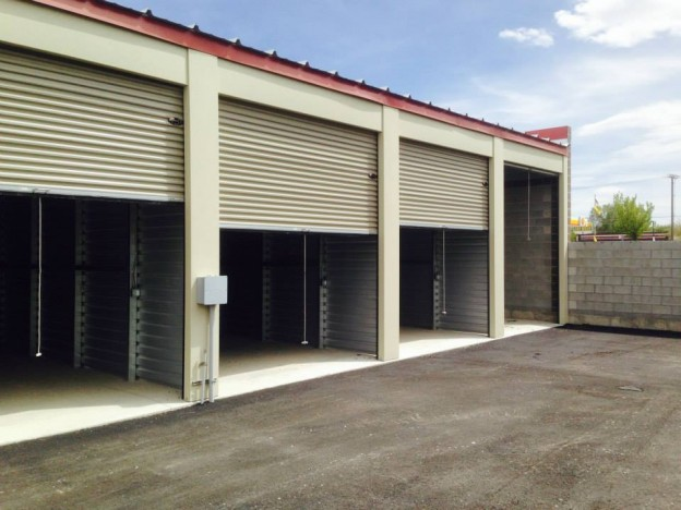 Magna self storage units